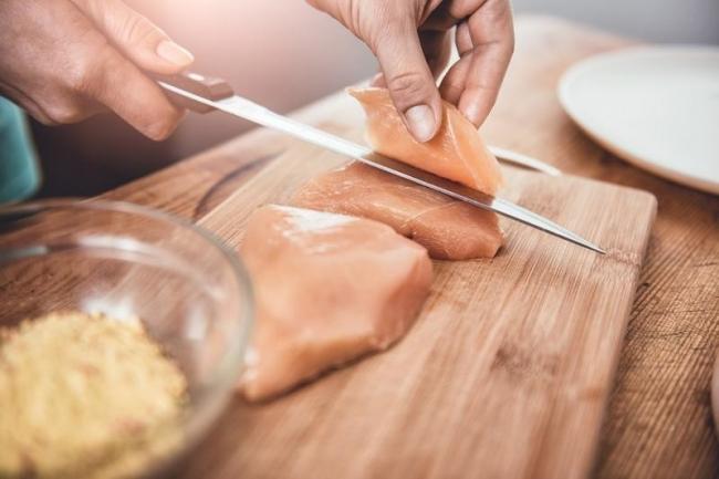 ما هي كمية البروتين المثالية التي يجب أن نتناولها يومياً؟