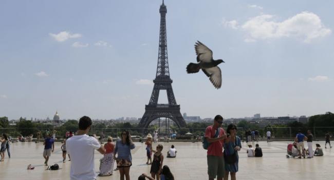 فرنسا تعلن رقما مفزعا لضحايا موجات الحر الشديدة