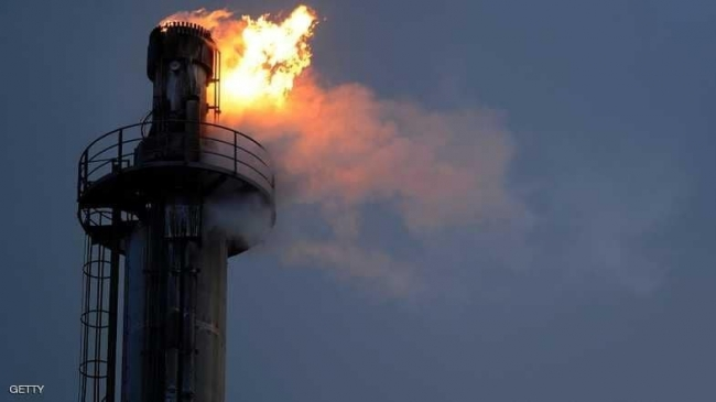 النفط يهبط.. والأنظار على قمة سنغافورة
