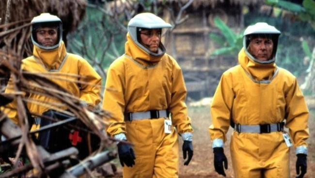 لن يهلكنا الفيروس.. هل ما زرعته هوليود في عقولنا يصبح حقيقة؟