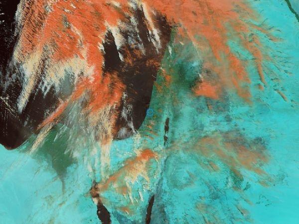 أجواء خماسينية : الغيوم التي يرافقها الغبار على أعتاب فلسطين وبلاد الشام