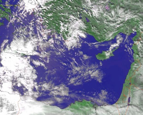 سماء فلسطين قبل 48 ساعة من منخفض ماروس