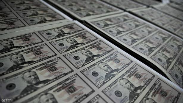 """ديون الولايات المتحدة """"تلف الكرة الأرضية"""" 77 ألف مرة"""