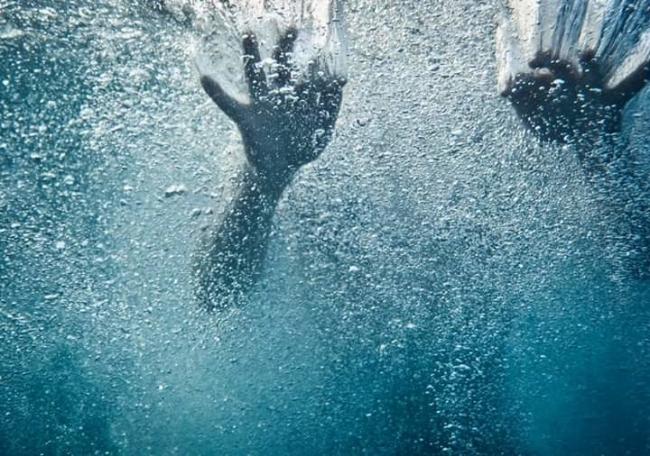مصرع طفل غرقا في بركة لتجميع المياه