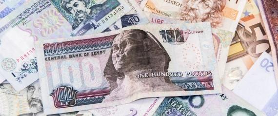 """الخاسرون والرابحون من """"التعويم"""" .. هذه هي الفئات والشرائح المستفيدة والمتضررة من قرار تحرير سعر صرف الجنيه في مصر"""