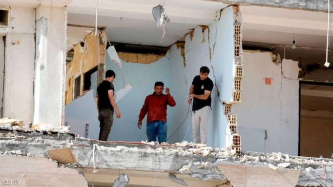 زلزال قوي يهز غربي إيران
