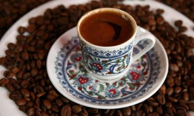 شرب القهوة بانتظام يحمي من أمراض الكبد المزمنة