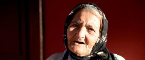 تجاوزتْ 104 أعوام ولم تزر الطبيب في حياتها إلا مرتين! بالصور.. معمِّرة تركية تكشف سرَّ تمتُّعها بالصحة رغم كبرها