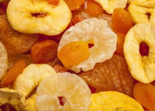 تعرف على فوائد الفواكه المجففه