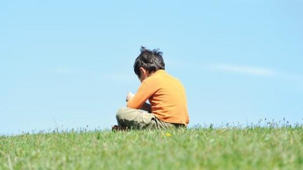 هل يُفيد العلاج بالموسيقى الأطفال المصابين بالتوحد؟
