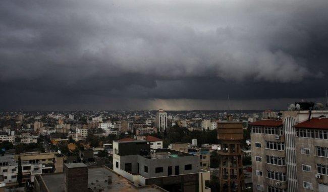 تطور الحالة الجوية للساعات 24 القادمة