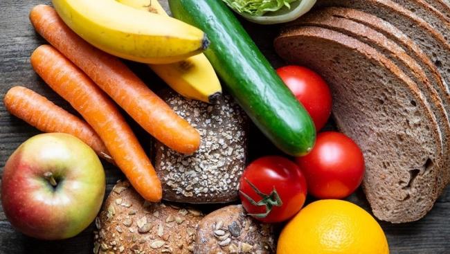 ما علامات نقص الفيتامينات والمعادن في الجسم؟