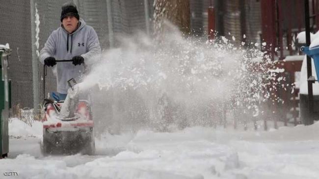 عاصفة شتوية تلغي رحلات جوية في الولايات المتحدة