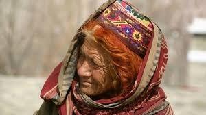 سر القبيلة المسلمة التي يعيش أفرادها 100 عام ويلدن في السبعين ولا يصابون بالسرطان!