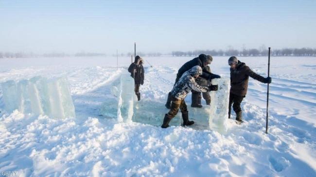 """الحرارة 38 درجة في سيبيريا.. القطب الشمالي """"يحترق"""""""