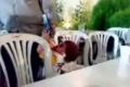 رسالة للأباء والأعراس .. بالفيديو: طفل بعُمر السنتين يقتل والده في حفل زفاف بشمال بسوريا
