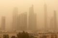 عاصفة تعلق الملاحة البحرية في الكويت