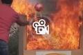 بالفيديو: فقط أمسك وارمِ.. كرات انفجارية لإخماد الحرائق