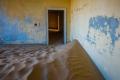 قرية مدفونة تحت الرمال في عُمان وأخرى في الإمارات.. ما قصة المنازل الغارقة في الصحراء، ...