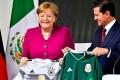 لماذا يرتدي المنتخب الألماني لكرة القدم اللون الأبيض وليس ألوان العلم؟ ????