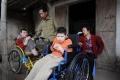 خمسة ملايين فيتنامي لا زالوا يعانون من السرطانات والولادات المشوهة بسبب الأسلحة الكيميائية الأميركية وفي ...
