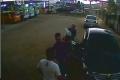 رجل وامرأة.. يحتالان على صاحب شركة ويسرقان سيارة يقيمة 170 الف شيكل شمال الضفة