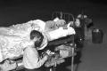 على طريقة الكاميكازي الياباني.. باحثون أجروا تجارب مخيفة على أجسادهم من أجل البشرية