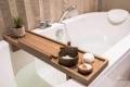 لماذا لا تكون أحواض الاستحمام أكبر مما هي عليه الآن؟ إليك 6 أسباب