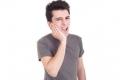 كيف تتخلص من آلام الأسنان بطرق بسيطة ؟