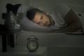 """لماذا نعاني من الأرق عند النوم في مكانٍ جديد؟ العلم يفسّر ظاهرة """"تأثير الليلة الأولى"""""""