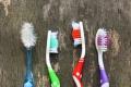 أيهما أفضل فرشاة الأسنان الناعمة أم الخشنة؟ ومتى يجب استبدالها؟