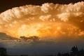 العلماء يكشفون.. السحب الخارقة نذير بأعاصير قمعية تصل إلى 500 كم في الساعة