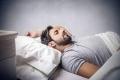 لماذا نشعر بالتعب رغم أننا نمنا بما فيه الكفاية؟