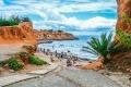 جزيرة خلابة بإسبانيا توظف أجانب وتمنحهم المال مقابل الاحتفال.. لكن بالمقابل عليهم تنفيذ مهمة سرية