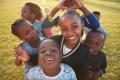 استمر 42 يوما.. ضحك جماعي ينتشر بين أطفال مدارس في تنزانيا قبل 59 عاما