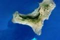 بعد عشرة الآف هزة أرضية...جزيرة جديدة بدأت بالتشكل في المحيط الاطلسي ورحلة للبحث عن اسم ...