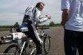 بسرعة تصل الى 260كم/ الساعة: بالصور.. دراج فرنسي يخترع أسرع دراجة هوائية في العالم