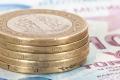 الليرة التركية تهوي 2.5% أمام الدولار لمستوى قياسي جديد