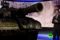 فيديو خرافى .. لأول مرة في العالم اخبار بتقنية 3D والدبابات تدخل وتخرج من الاستوديو