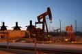 الإنتاج الأميركي.. يهبط بأسعار النفط