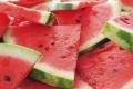 البطيخ شيخها.. هذه الفواكه تساعد على حرق الكرش