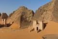 الخرطوم ترمم 30 هرماً.. هل تنافس أهرامات السودان نظيرتها بالجيزة؟ تعرف على الفروق الرئيسية بينهما
