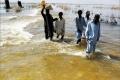 الفيضانات في باكستان تودي بحياة 371 شخصا وتتسبب في تشريد اربعة ملايين نسمة