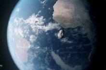 خلال ساعات.. كويكب يمر بالأرض على مسافة أقرب من القمر