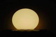 فيديو ممتع يُظهر ما سيحدث إذا أسقطت كرة على كواكب ...