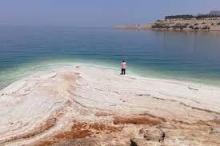 جزر من الملح.. مستقبل محتوم للبحر الميت ما لم يتم ...