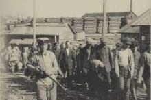 حُفرت بدماء 25 ألف سجين.. قصة شق قناة البحر الأبيض ...