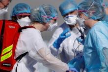 الفيروس الغامض يزيد من حيرة العلماء.. هل سينتهي في الصيف؟