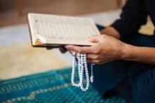 """""""يُعرف الدين بالسمع والعقل"""" وأتباعها ينتشرون في جنوب آسيا.. ماذا ..."""