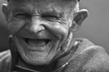 إيطالي ناج من الإنفلونزا الإسبانية عمره 101 عام يهزم كورونا ...